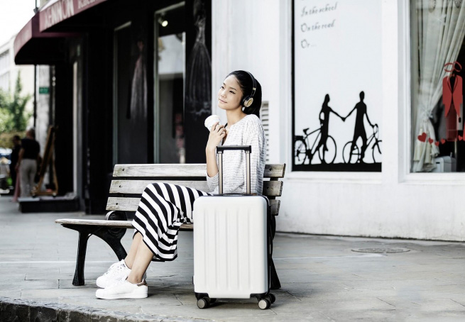 Чемодан Xiaomi 90FUN PC Luggage 20'' Moonlight White: Фото 4